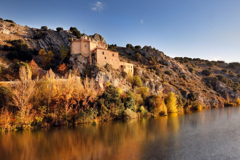 ermita de San Saturio otoño